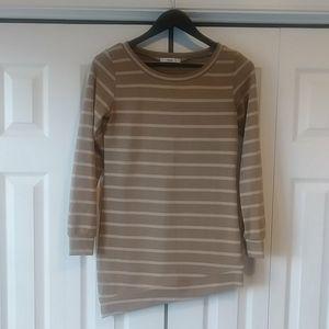 🌸3/$30🌸 Papaya asymmetrical sweater Sz. Small